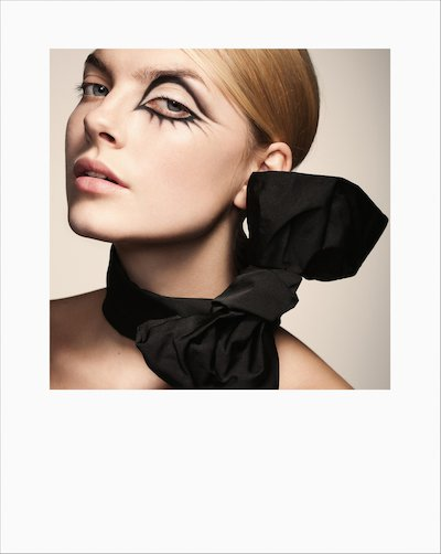 Editorial, Frontpage, 60-tal, Black, Black Make Up, Close Up, Face