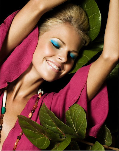 Editorial, Frontpage, Bright Make up, Colour, Drinks, Laughter, Night, Party, Tropics